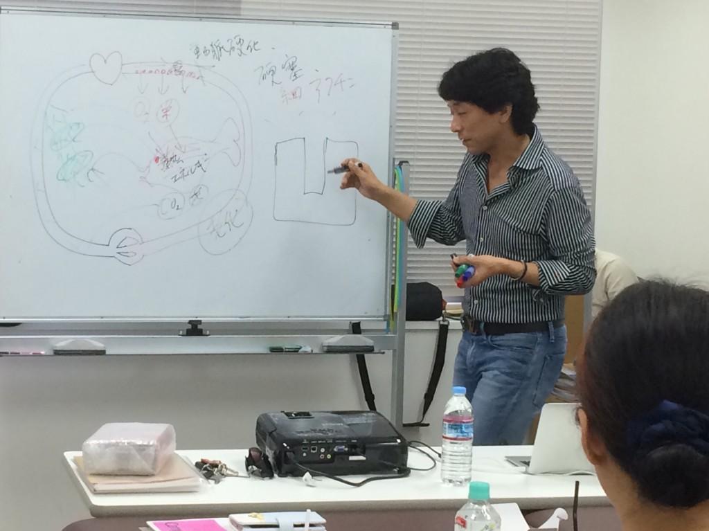 女性に人気のさとう式リンパケアの施術の勉強に大阪に行って来ました